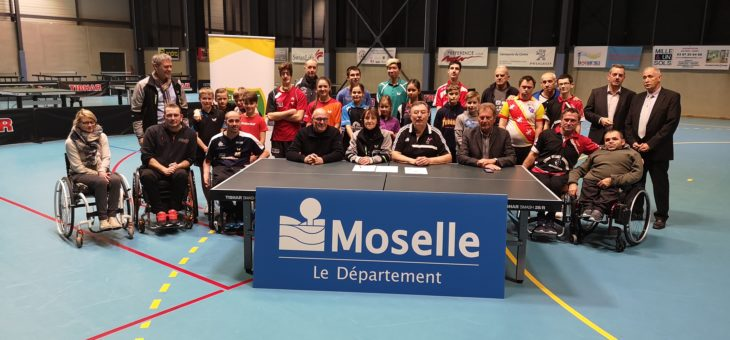 Signature de la convention tripartite CD Tennis de Table Moselle, CD Sport Adapté Moselle et Comité Handisport Moselle le 30 janvier 2019